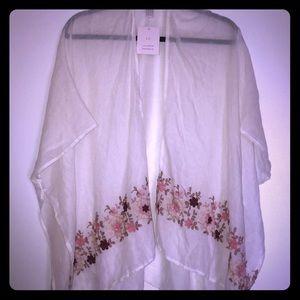 LC kimono NWT